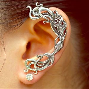 Vintage Unique Silver Mermaid 🧜♀️ Ear 👂 Cuff!!